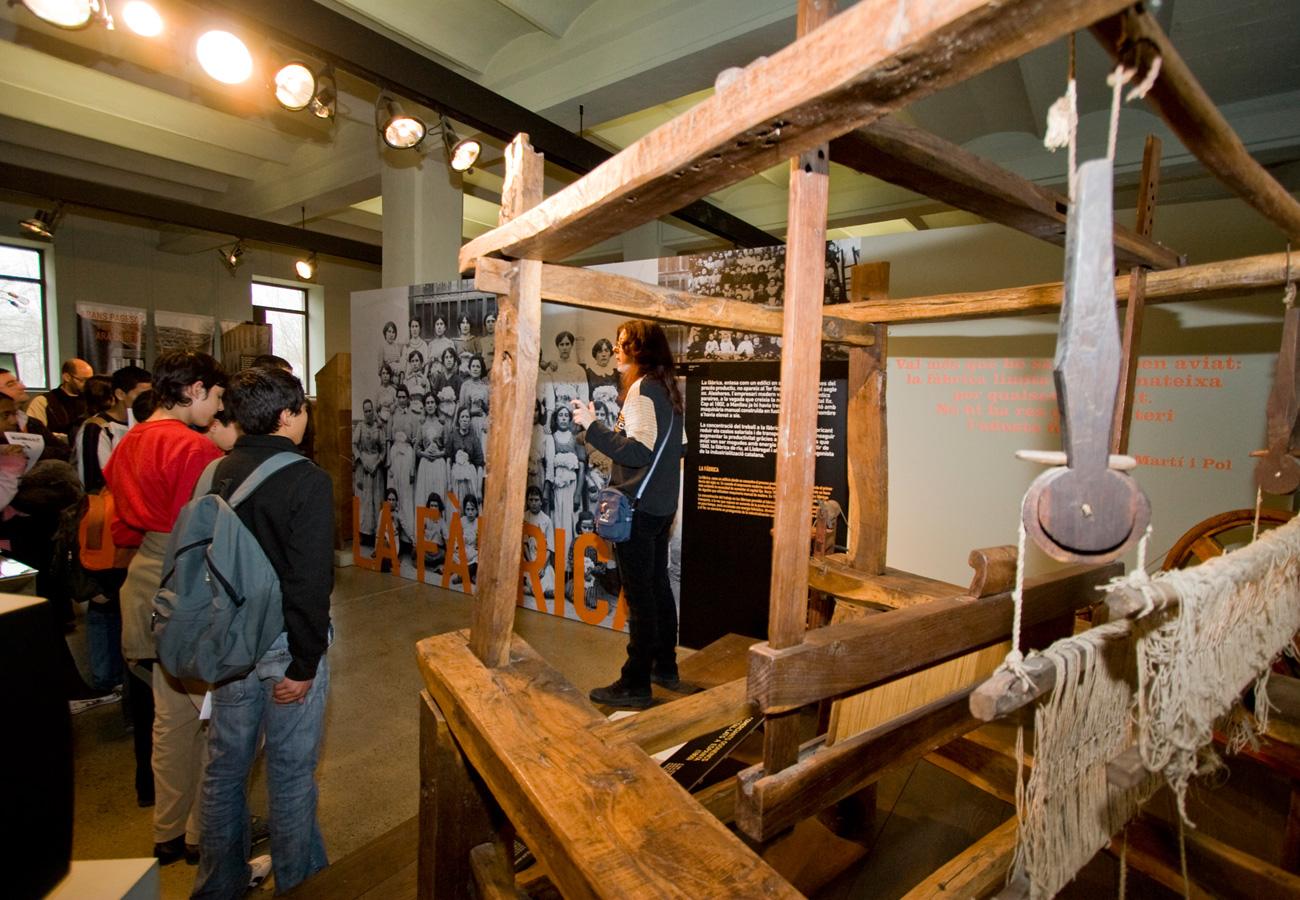 Visita ESO. Taller de Tecnologia tèxtil, de la fibra al fil. Museu del Ter.